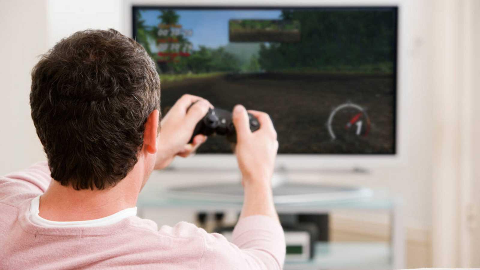 Los vídeojugadores españoles dedican una media semanal de 5,7 horas a esta afición.