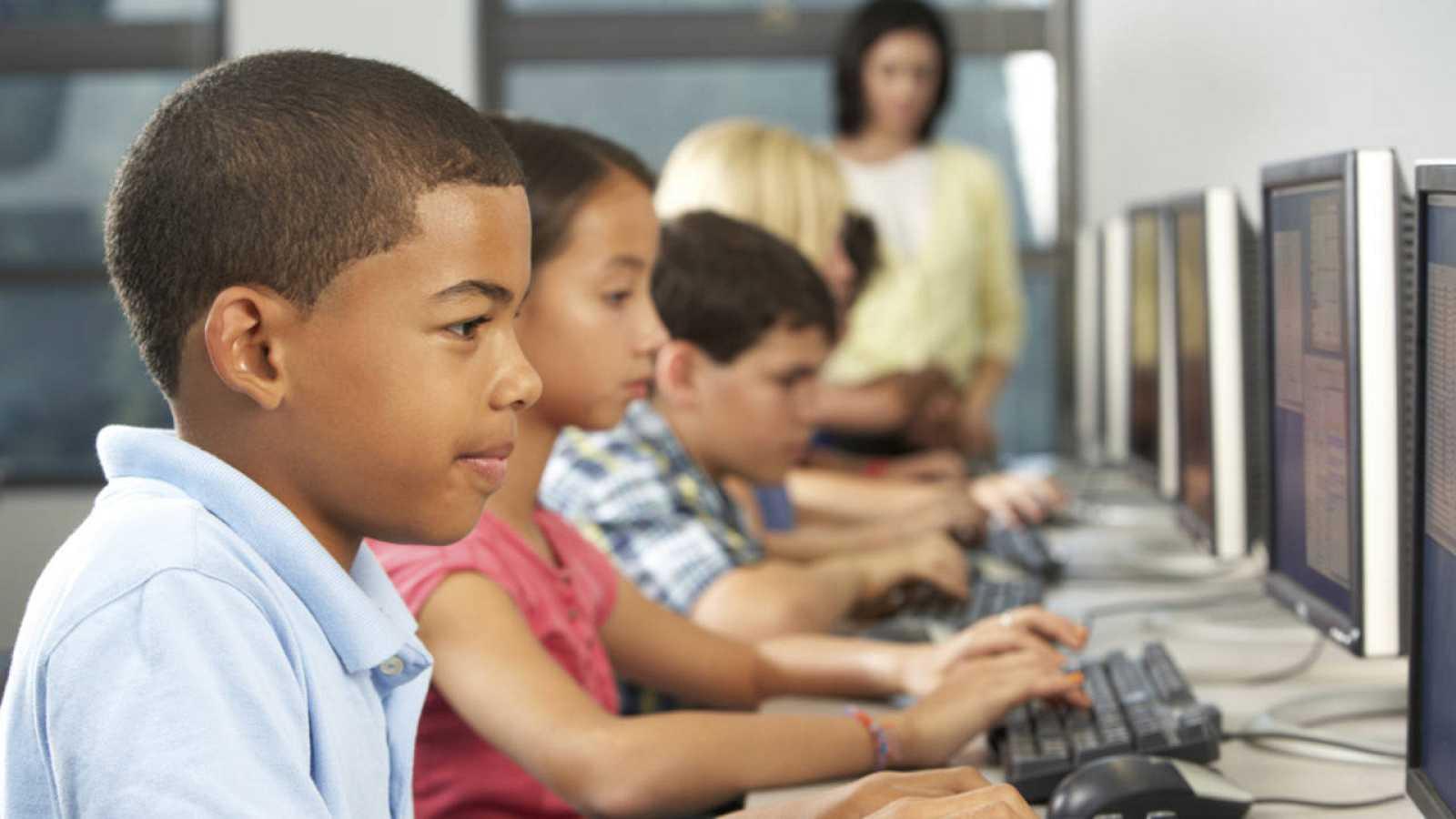 El programa GENIOS formará a miles de escolares de más de 30 centros españoles.