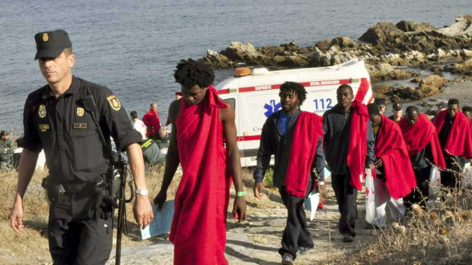 Un grupo de inmigrantes subsaharianos en Ceuta el pasado 3 de octubre.