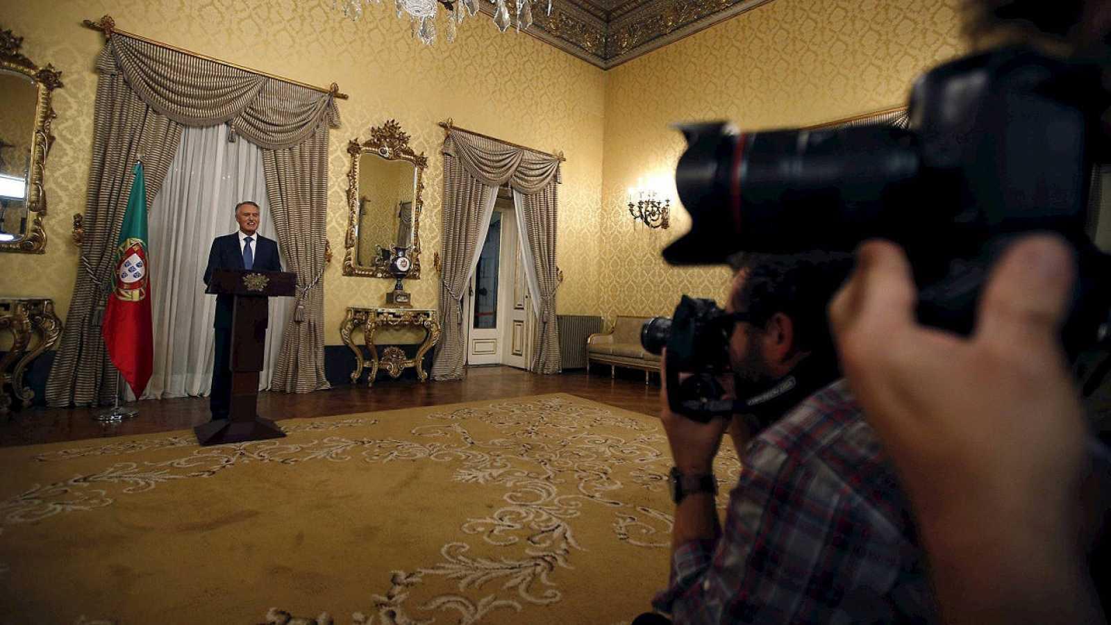 El presidente de Portugal, Anibal Cavaco Silva, en una declaración en el palacio de Belem, el 22 de octubre de 2015. REUTERS/Rafael Marchante