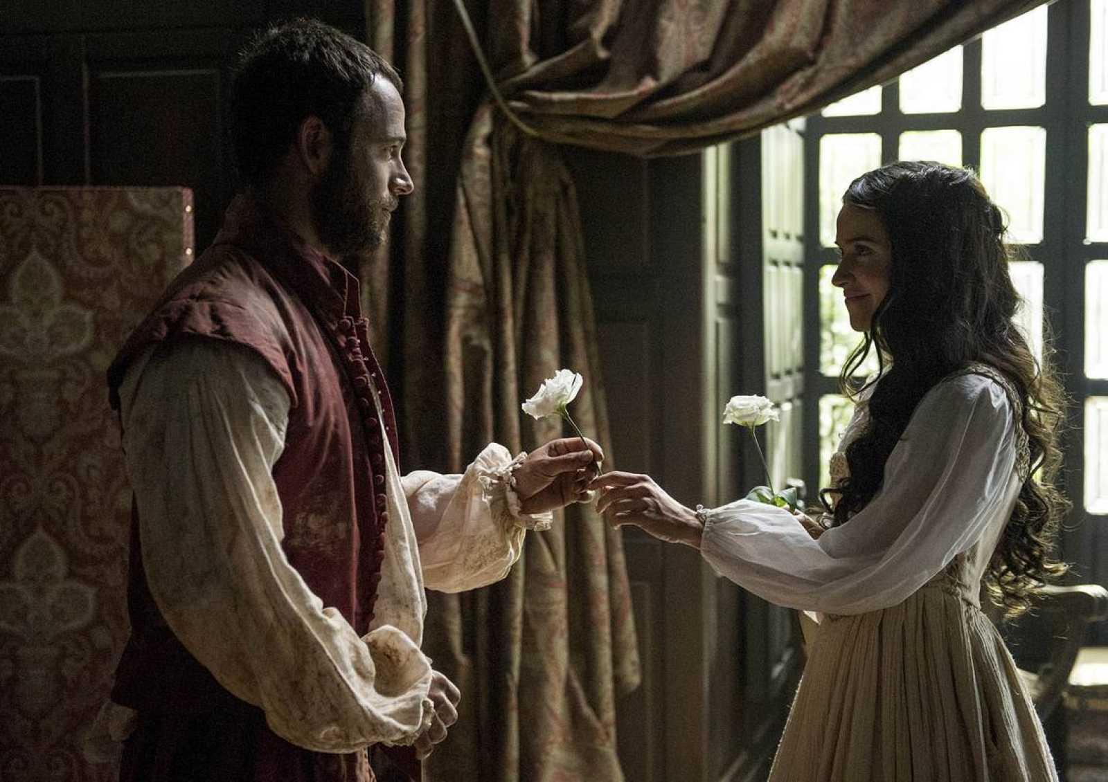 Isabel y Ricardo lucharán por su amor en 'La española inglesa'