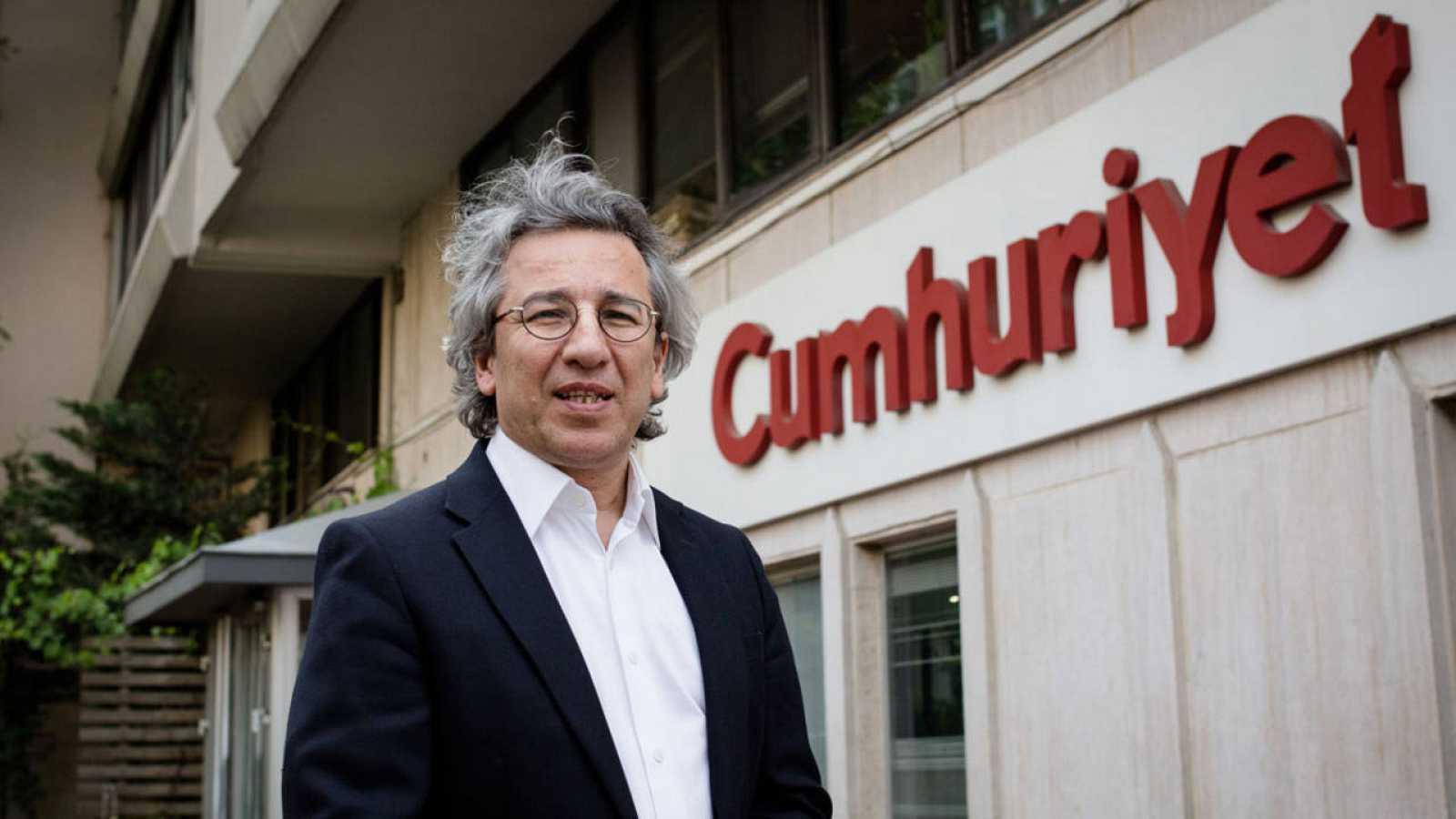 El redactor jefe del diario opositor turco Cumhuriyet, Can Dündar, en una imagen de junio de 2015