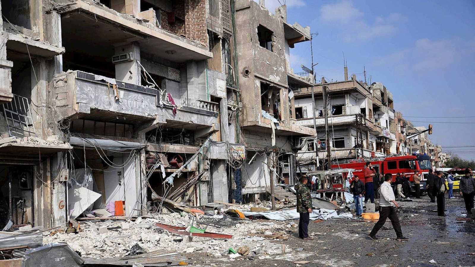 Lugar del atentado en el barrio chií de Al Zahra, en Homs, Siria. el 21 de febrero de 2016. EFE/EPA