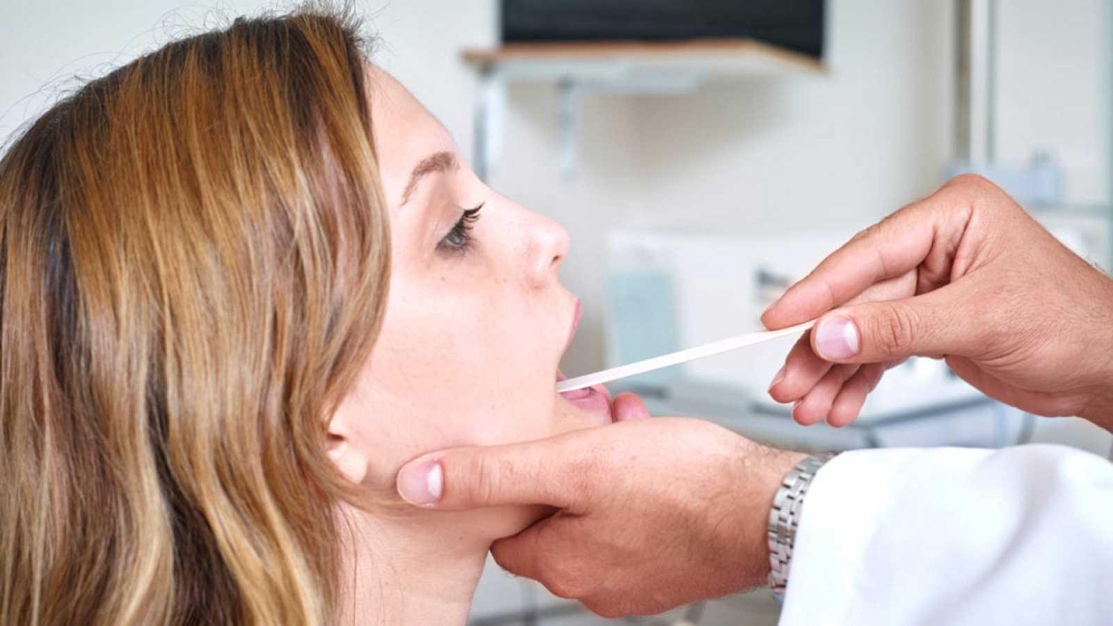 Desarrollan un biosensor capaz de identificar cáncer oral en ...