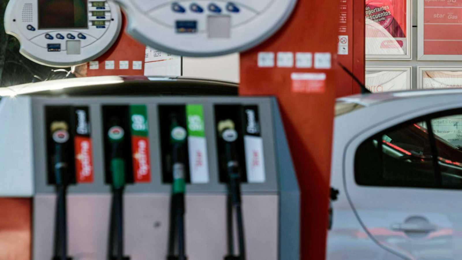 Imagen de archivo de una gasolinera de Madrid