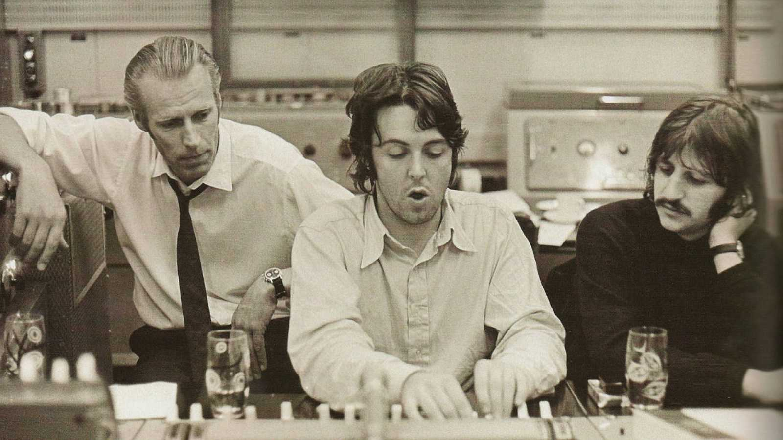 George Martin beatles Paul McCartney Ringo Starr