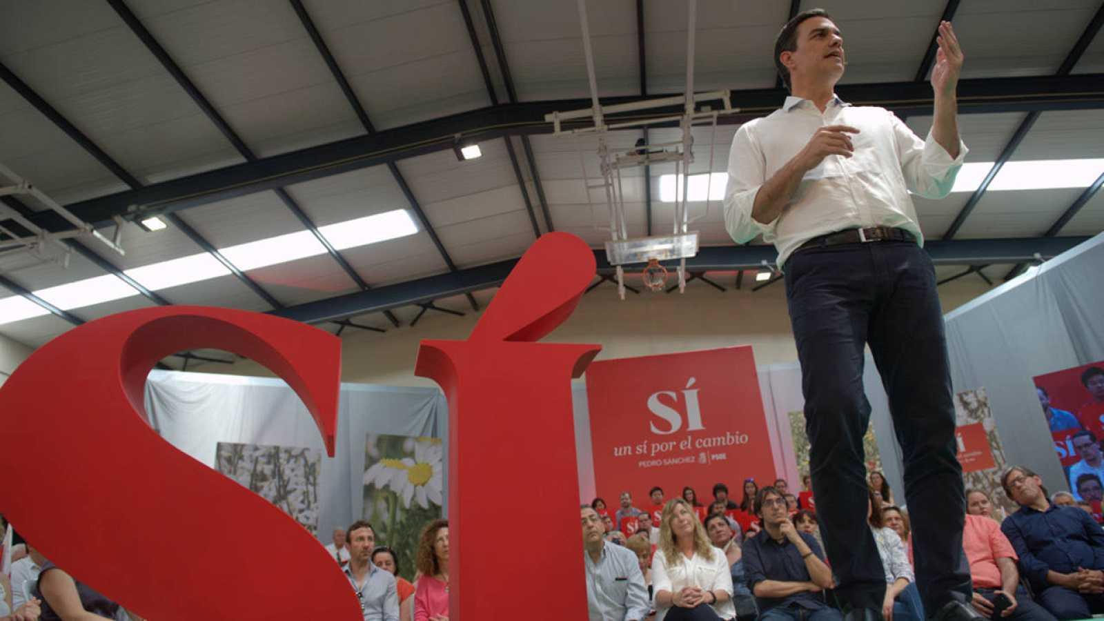 El candidato socialista a la presidencia del Gobierno, Pedro Sánchez, durante un acto político en Palma de Mallorca