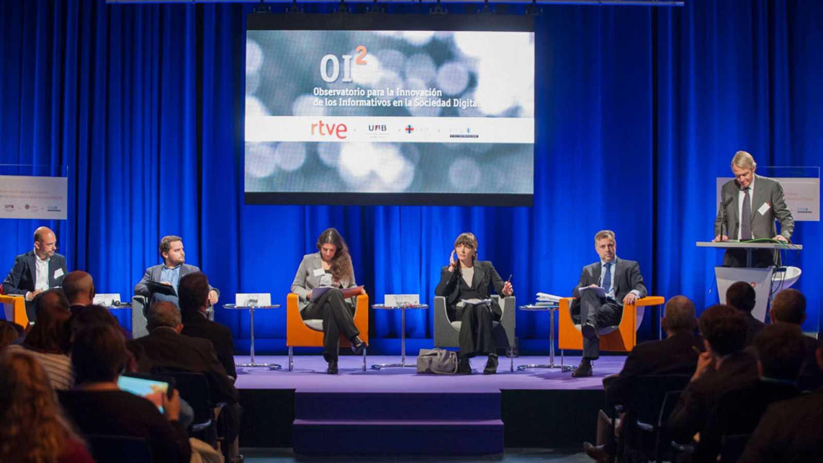 """OI2  """"Observatorio para la Innovación de los Informativos en la Sociedad Digital"""""""