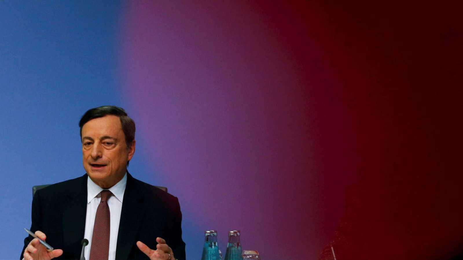 Mario Draghi, presidente del Banco Central Europeo, durante una rueda de prensa