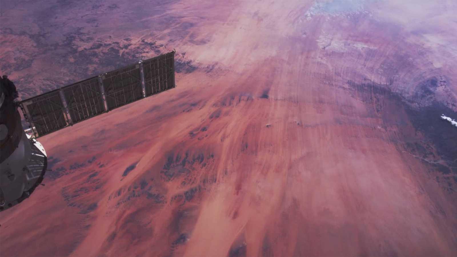 La agencia espacial estadounidense ha difundido espectaculares imágenes de la Tierra tomadas desde la EEI.