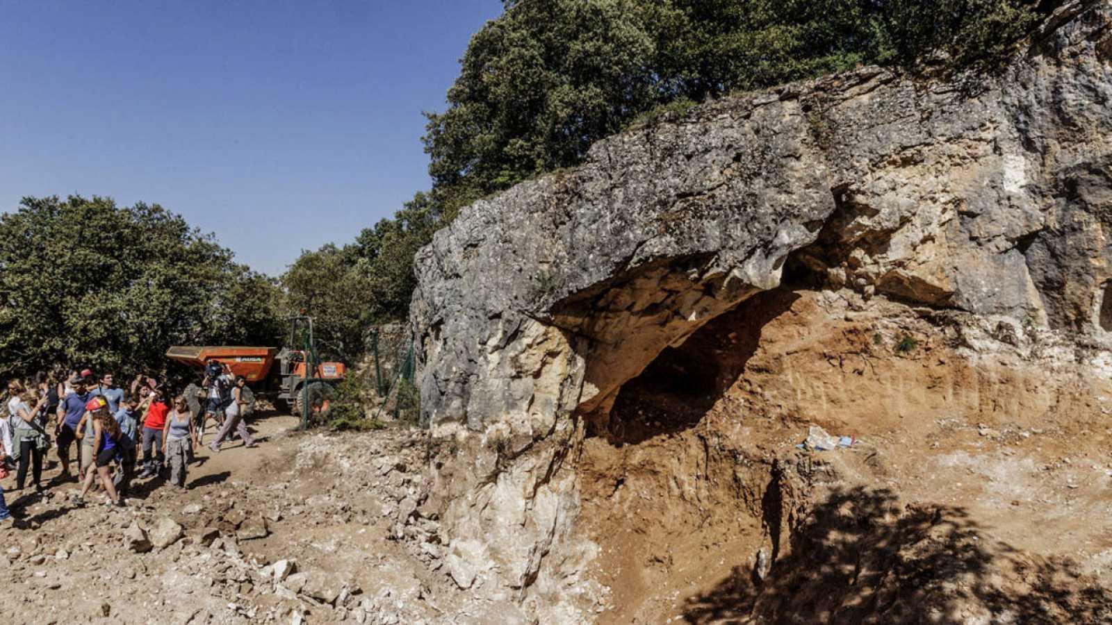 Hallan en una cueva de Atapuerca un parietal humano del Pleistoceno Medio