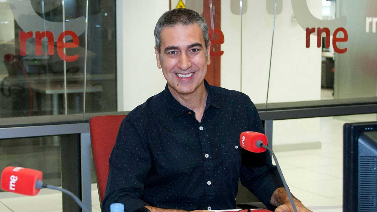Arturo Martín, director y presentador de 'Memoria de delfín'