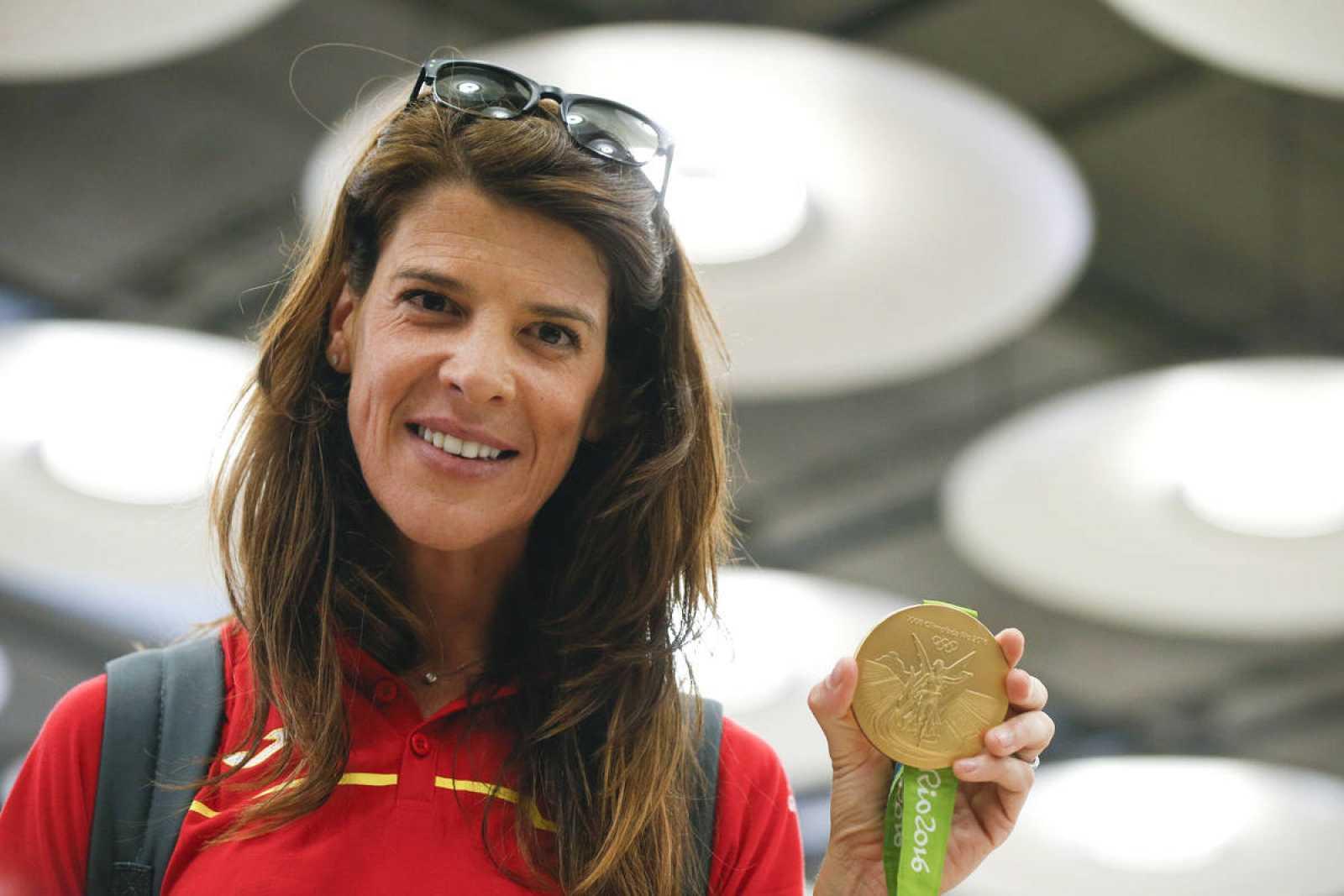 La campeona olímpica en salto de altura Ruth Beitia, a su llegada al Aeropuerto Adolfo Suárez Madrid - Barajas.