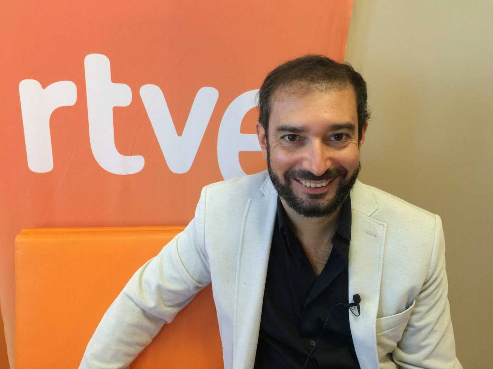 Pere Estupinyà, divulgador científico, ha estado con todos los seguidores de La 2 en un Facebook Live