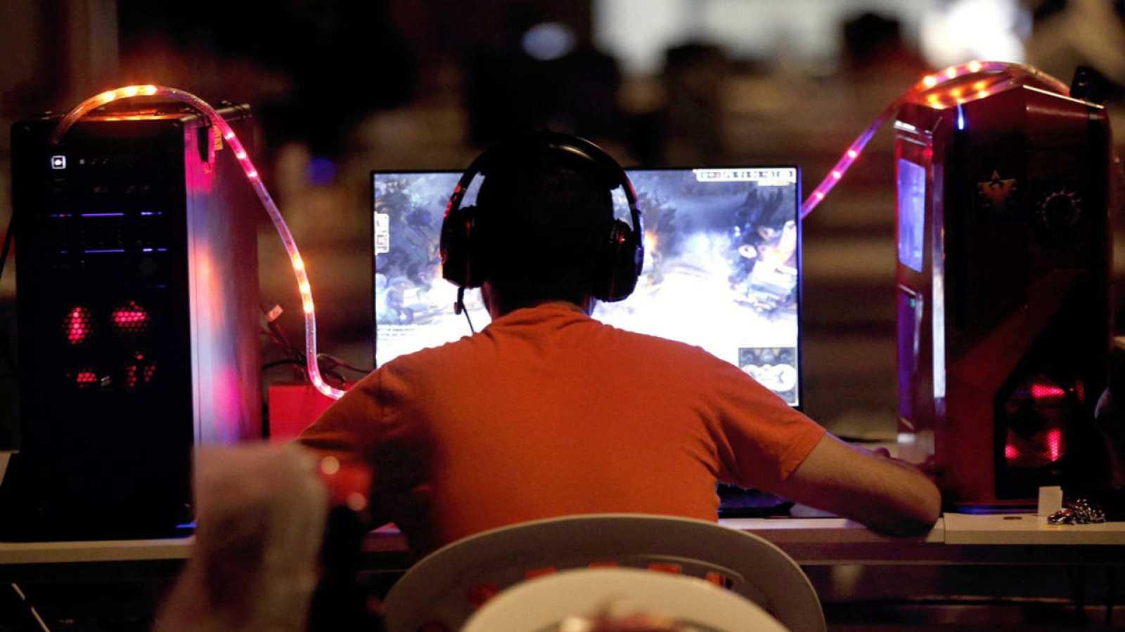 Un joven participa en Dreamhack, festival de cultura y ocio digital