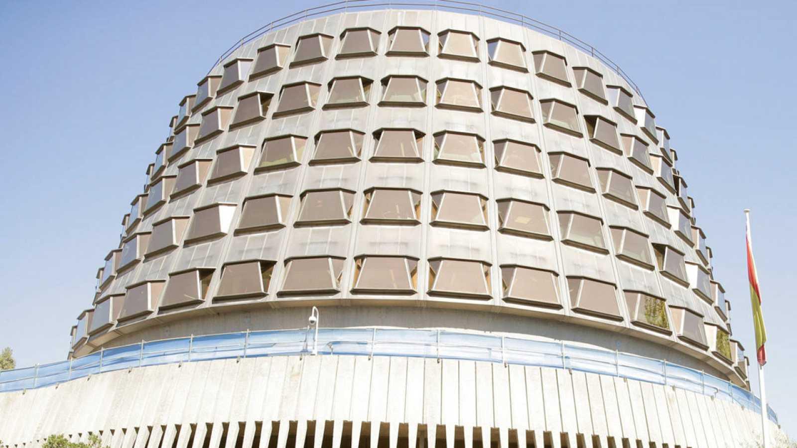Fachada de la sede del Tribunal Constitucional