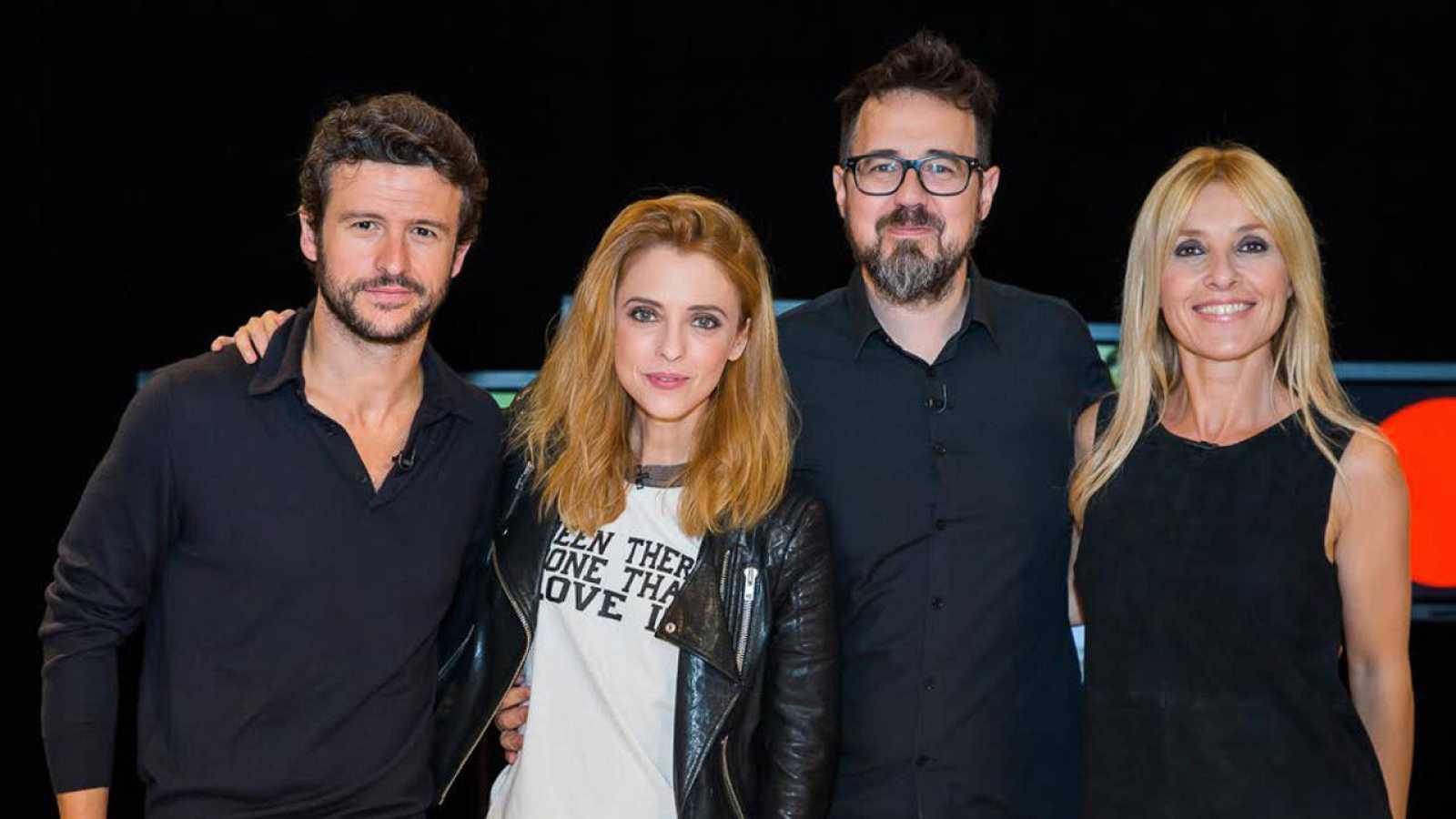 Cayetana Guillén Cuervo con Paco Plaza, Leticia Dolera y Diego Martín