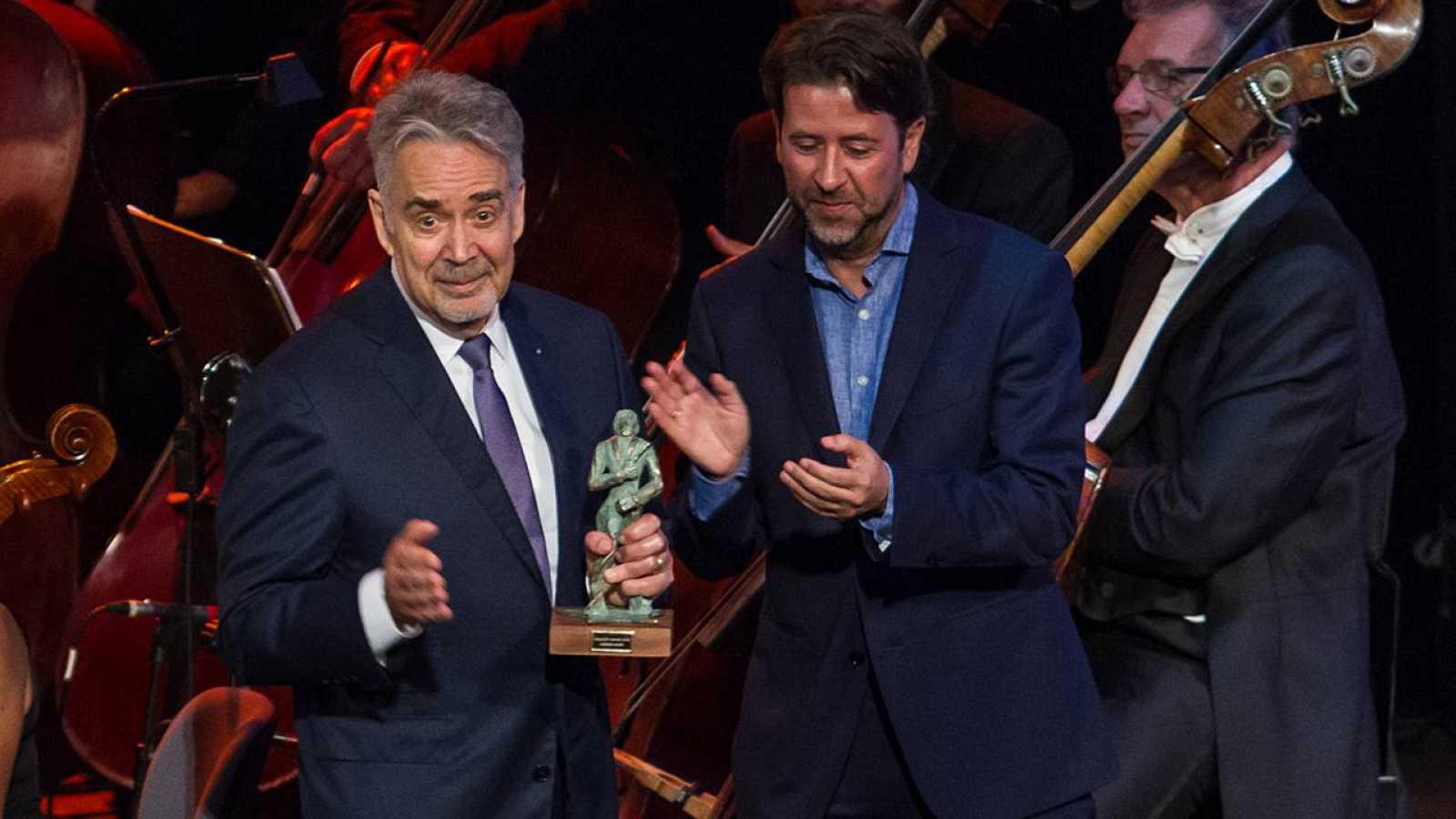 Howard Shore recibe el premio Fimucité en el Auditorio de Tenerife