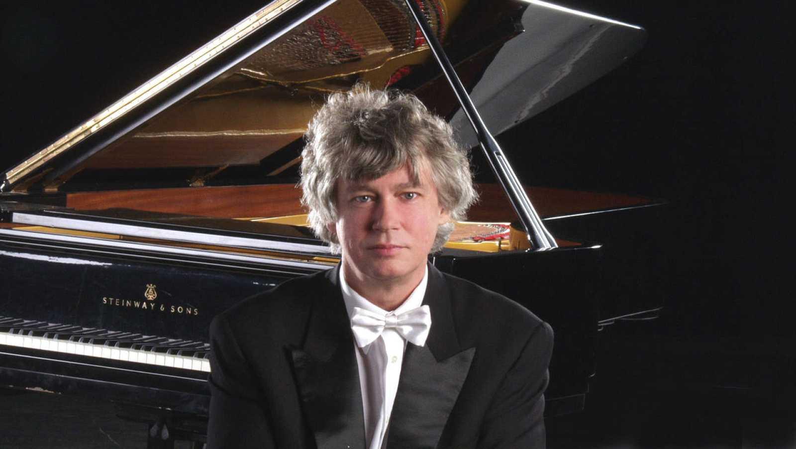 El pianista Zoltan Kocsis