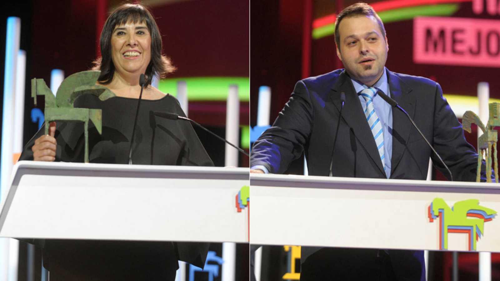 Nieves Concostrina y Martín Llade, recogiendo su premio Ondas 2016.