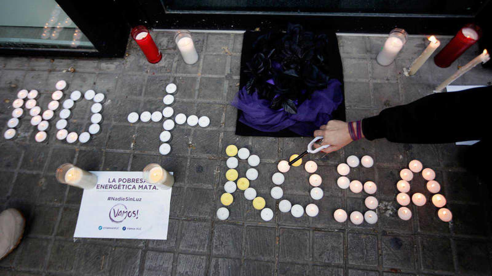 Concentración en Valencia para protestar contra la pobreza energética