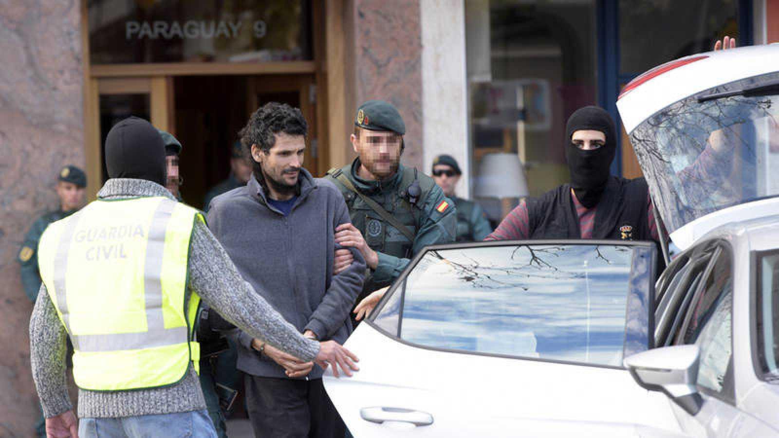 Detienen a un presunto yihadista en Irun que pretendía viajar a Siria y unirse al Dáesh