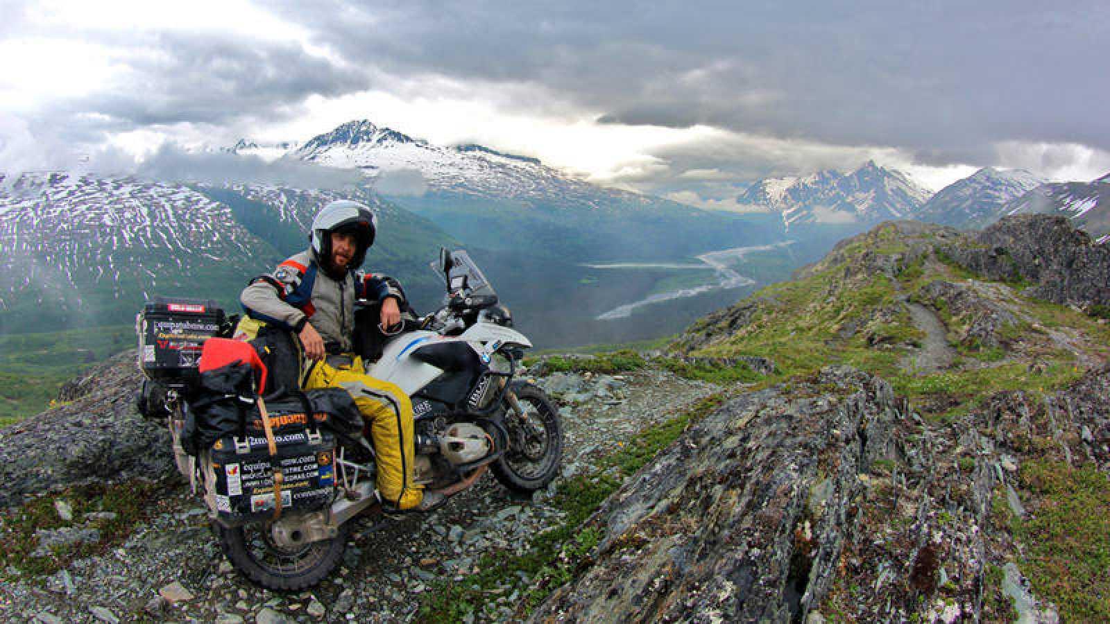 Miquel Silvestre, en su vuelta al mundo en moto.