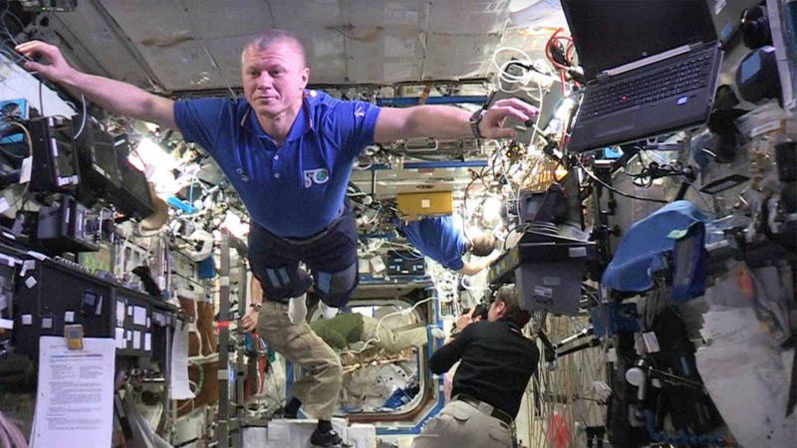 La EEI ha acogido el primer 'mannequin challenge'  desde el espacio.