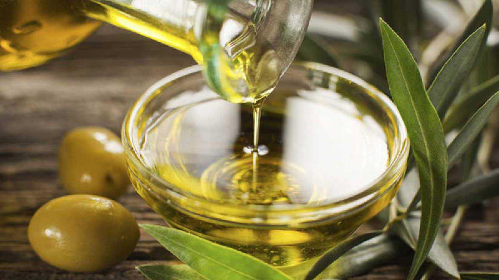 El estudio destaca, por primera vez, el papel beneficioso del consumo regular de aceite de oliva para la protección de los huesos.