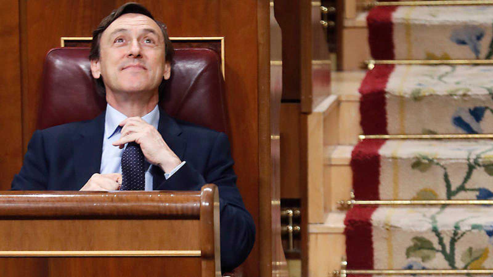 El portavoz del PP en el Congreso, Rafael Hernando, antes del inicio del pleno