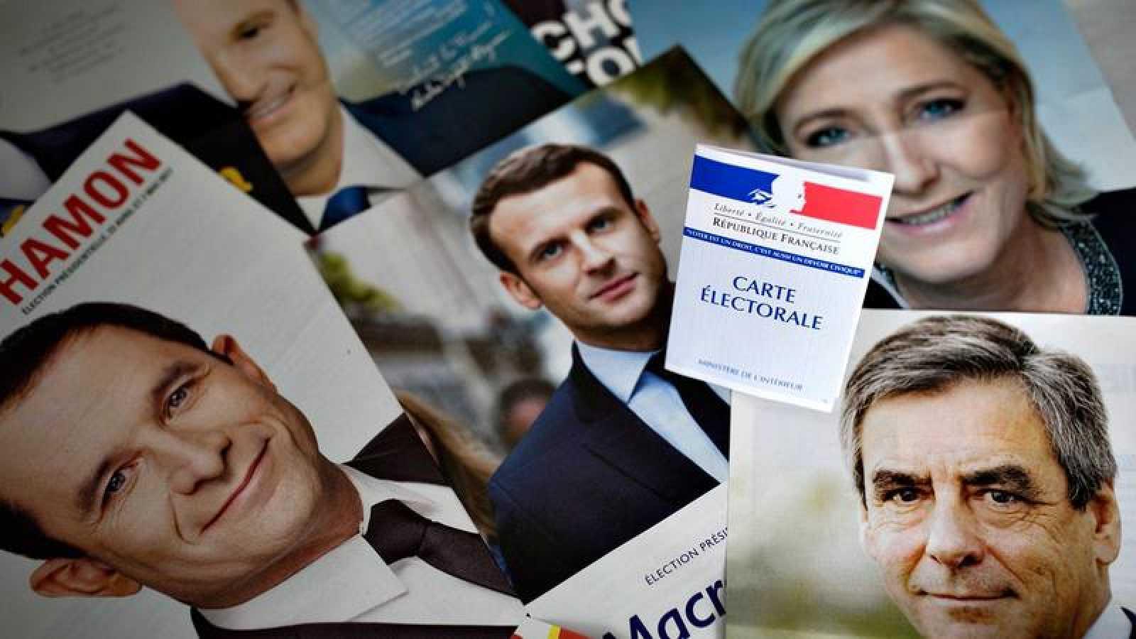 Carteles electorales de las elecciones presidenciales francesas