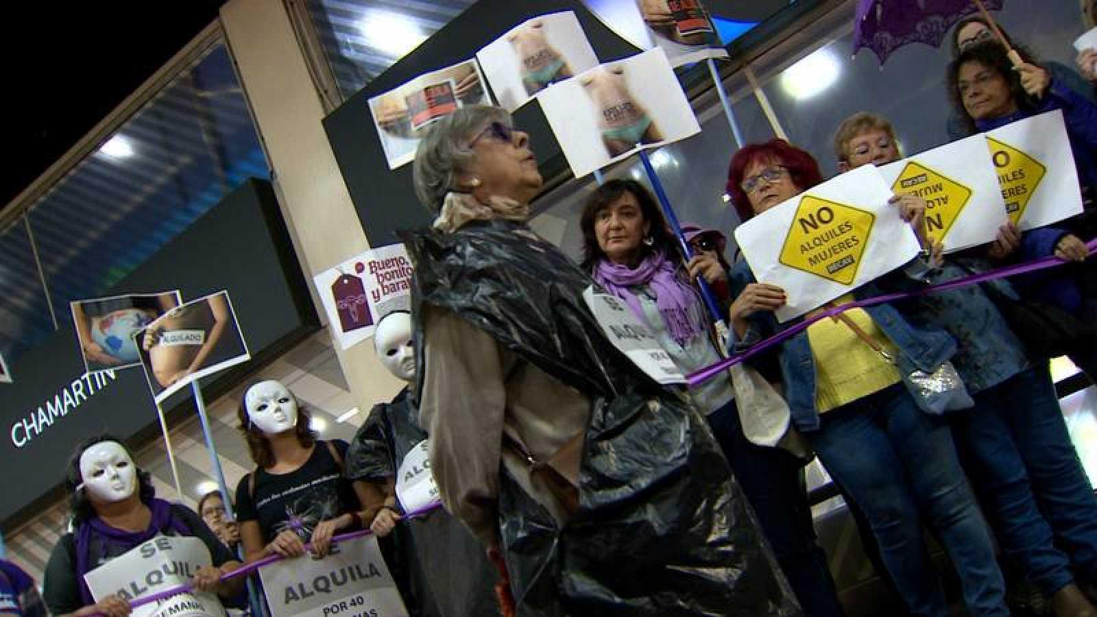 Protesta de la RECAV contra el alquiler de vientres
