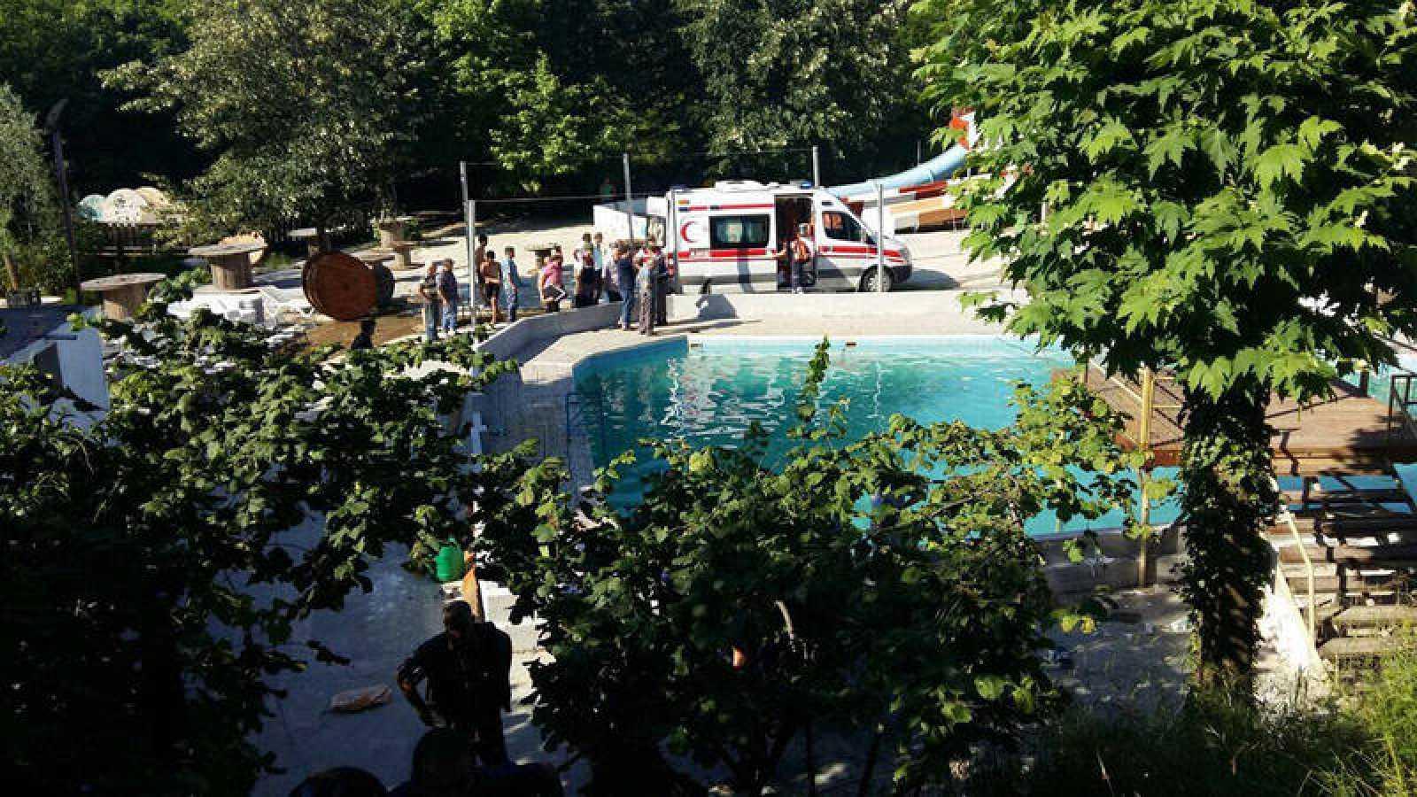 Pool electrocution accident in Sakarya, Turkey