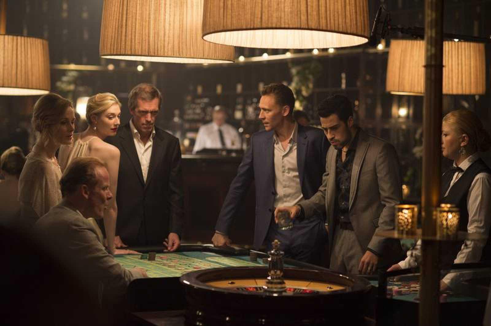 'El Infiltrado' está protagonizada por Hugh Laurie ('House') y Tom Hiddleston  ('Los Vengadores', 'Thor')