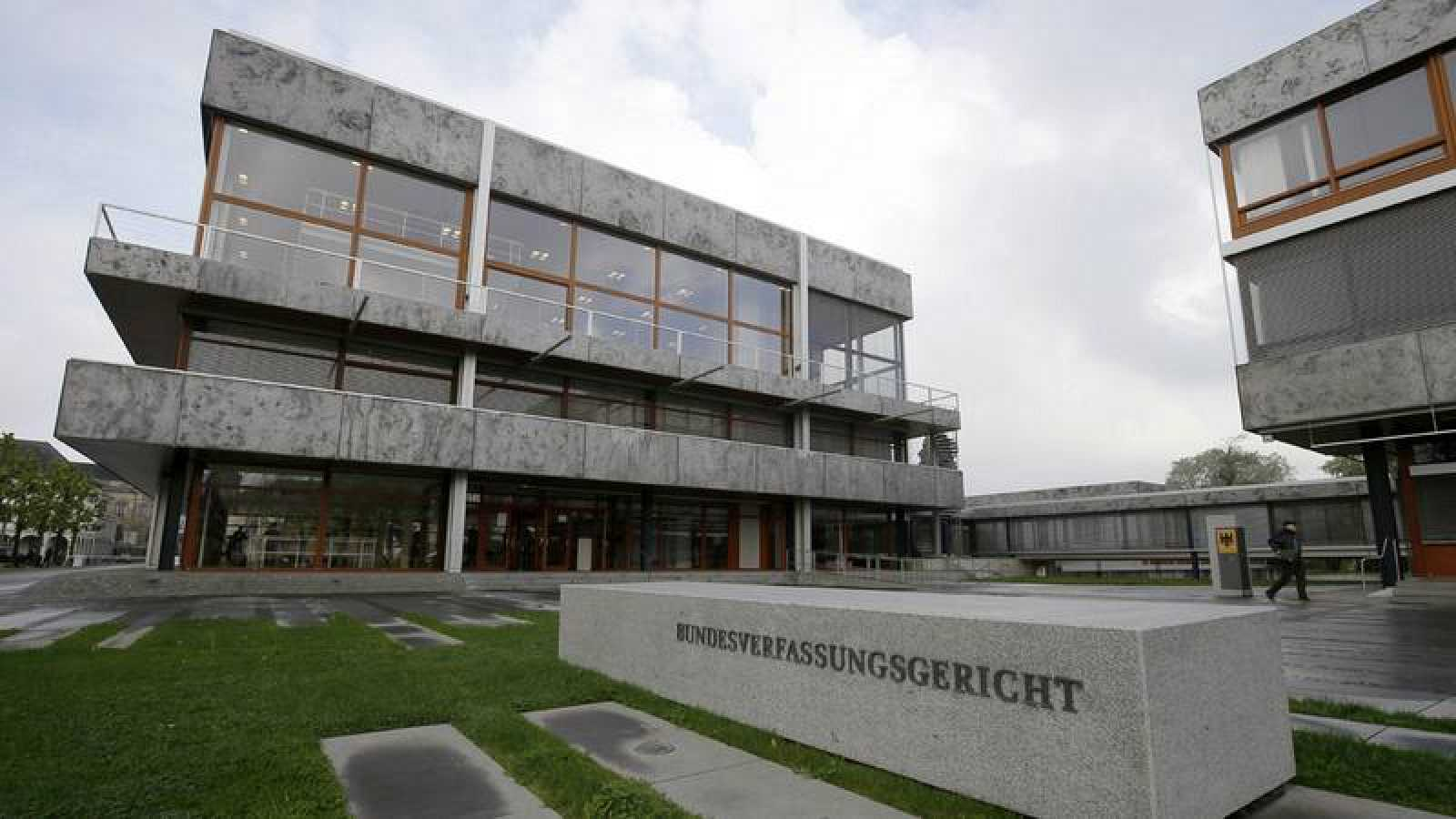 El TC alemán apelará al Tribunal de Justicia de la UE el programa de compra de deuda del BCE