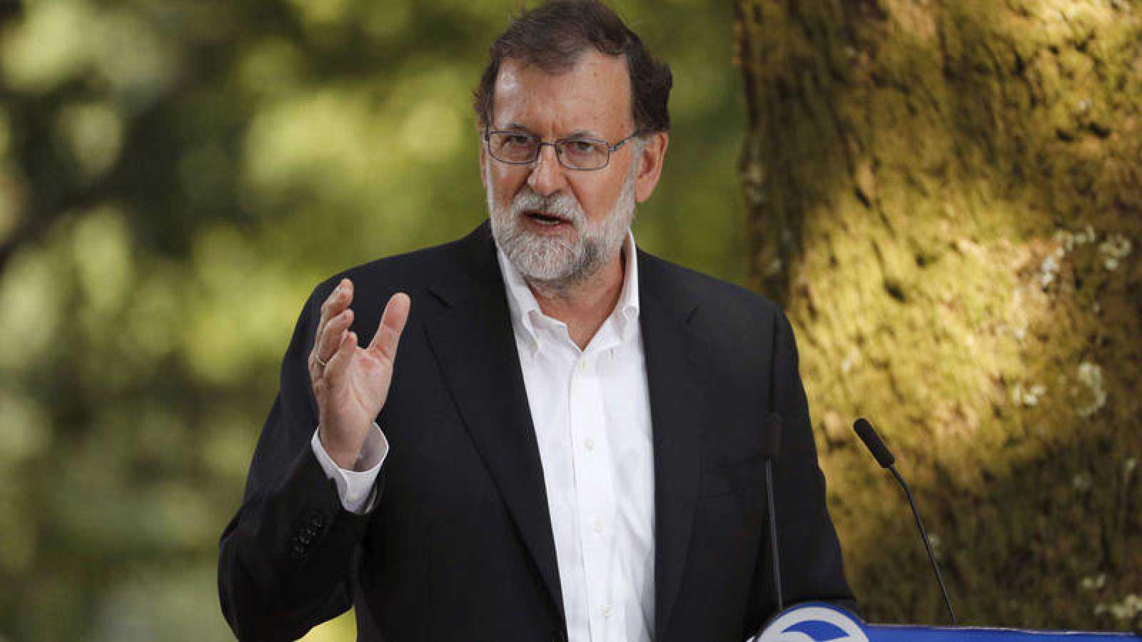El presidente del Gobierno, Mariano Rajoy, interviene en un acto del PP