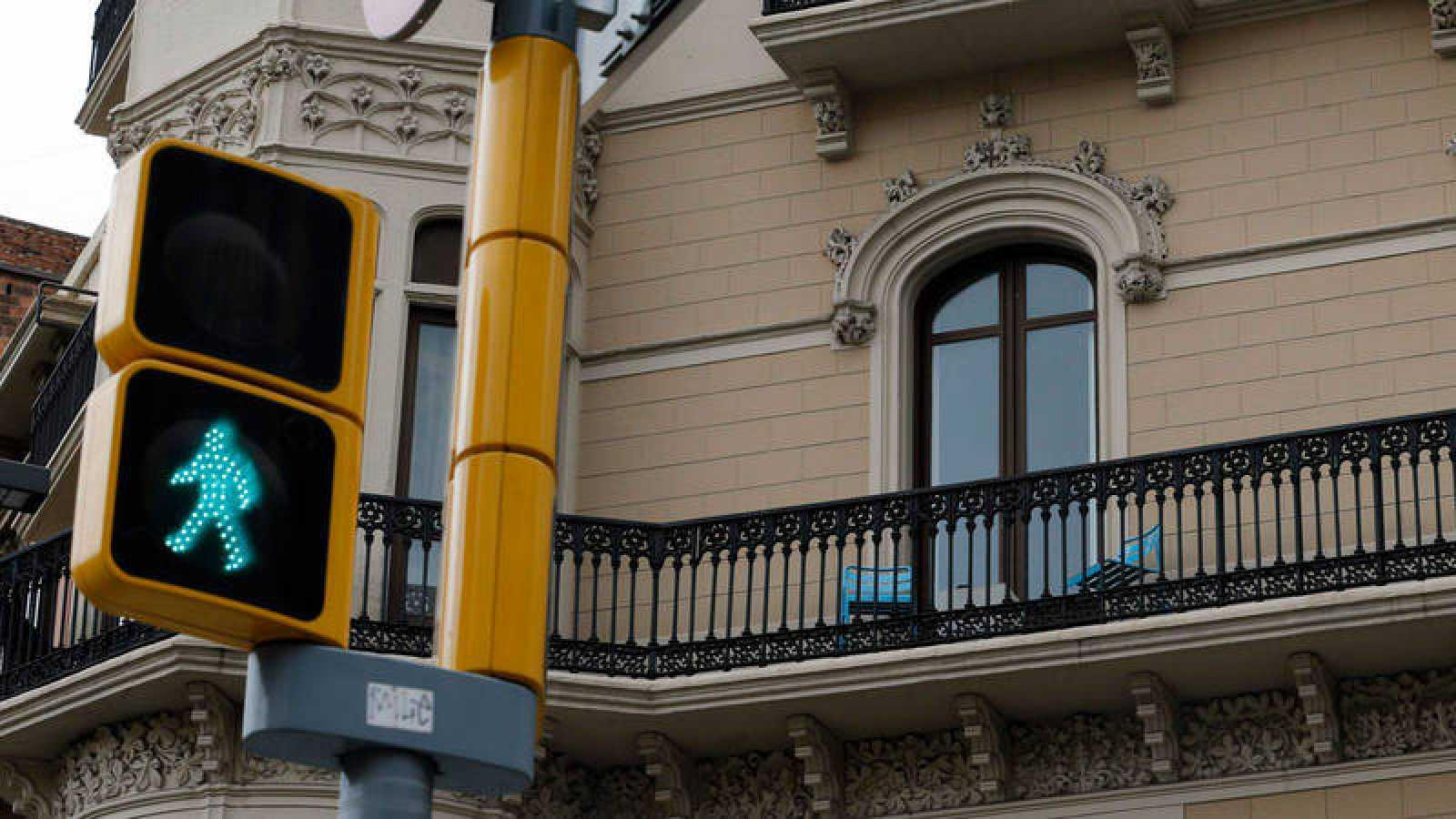 Balcón de un edificio en Barcelona
