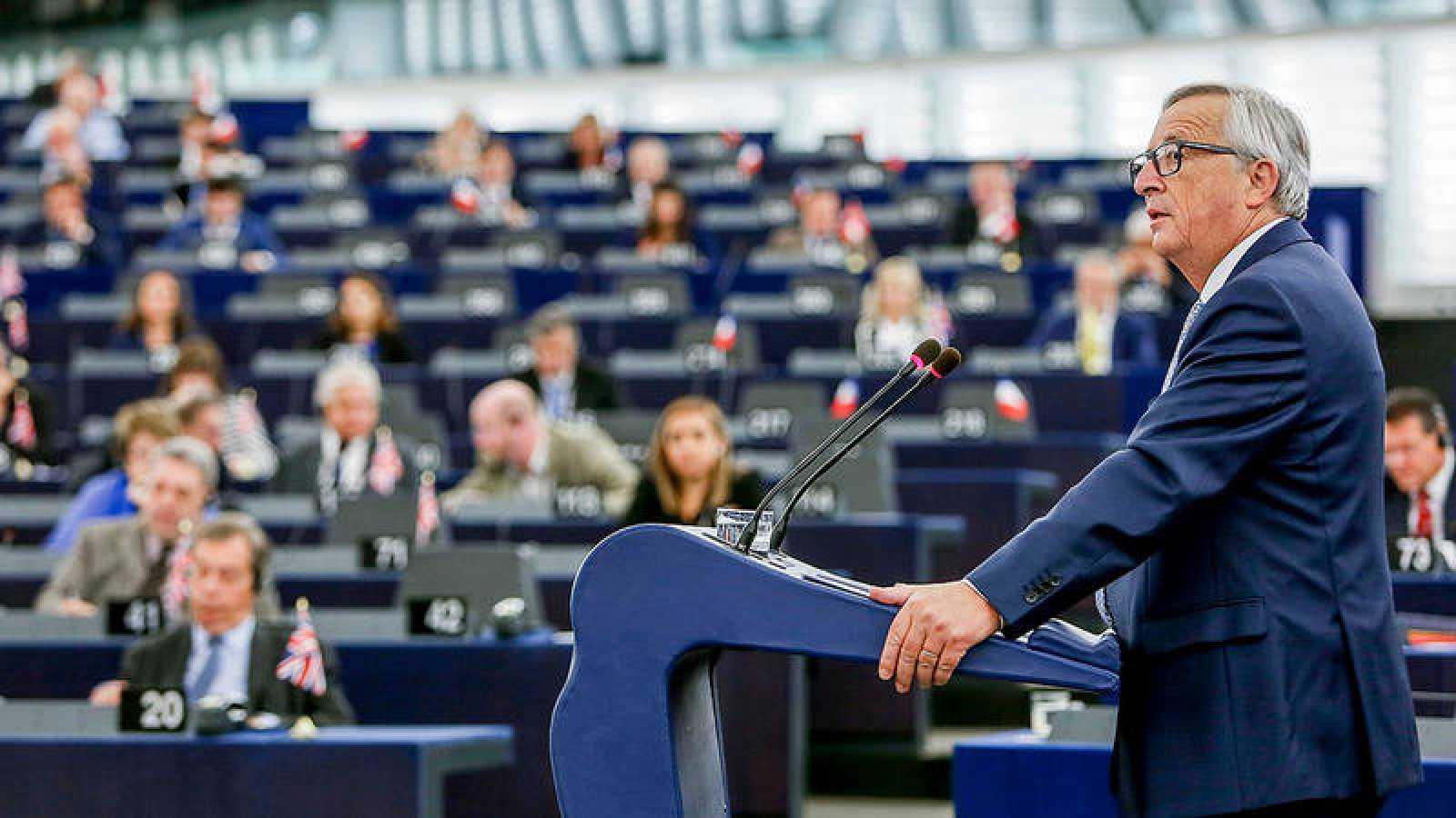 El presidente de la Comisión Europea, Jean-Claude Juncker, preside el debate del estado de la Unión en Eurocámara en Estrasburgo