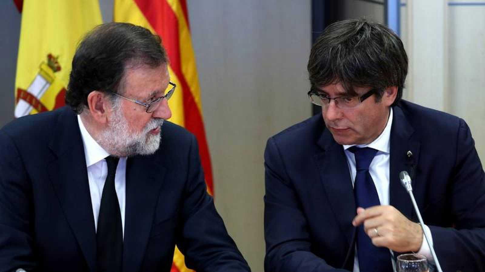 Rajoy y Puigdemont, en la reunión mantenida en agosto por los atentados de Barcelona.