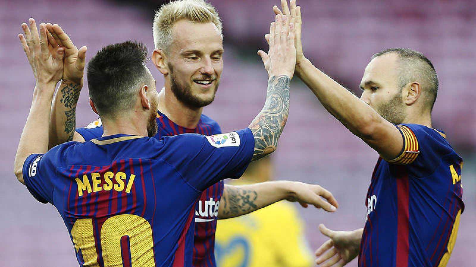 Leo Messi, Ivan Rakitic y Andrés Iniesta, en el pasado Barcelona - Las Palmas previo al parón.