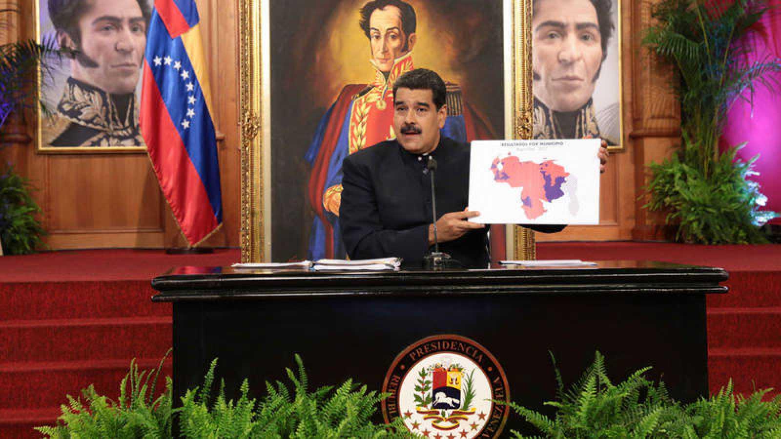 Nicolás Maduro durante un encuentro con medios internacionales