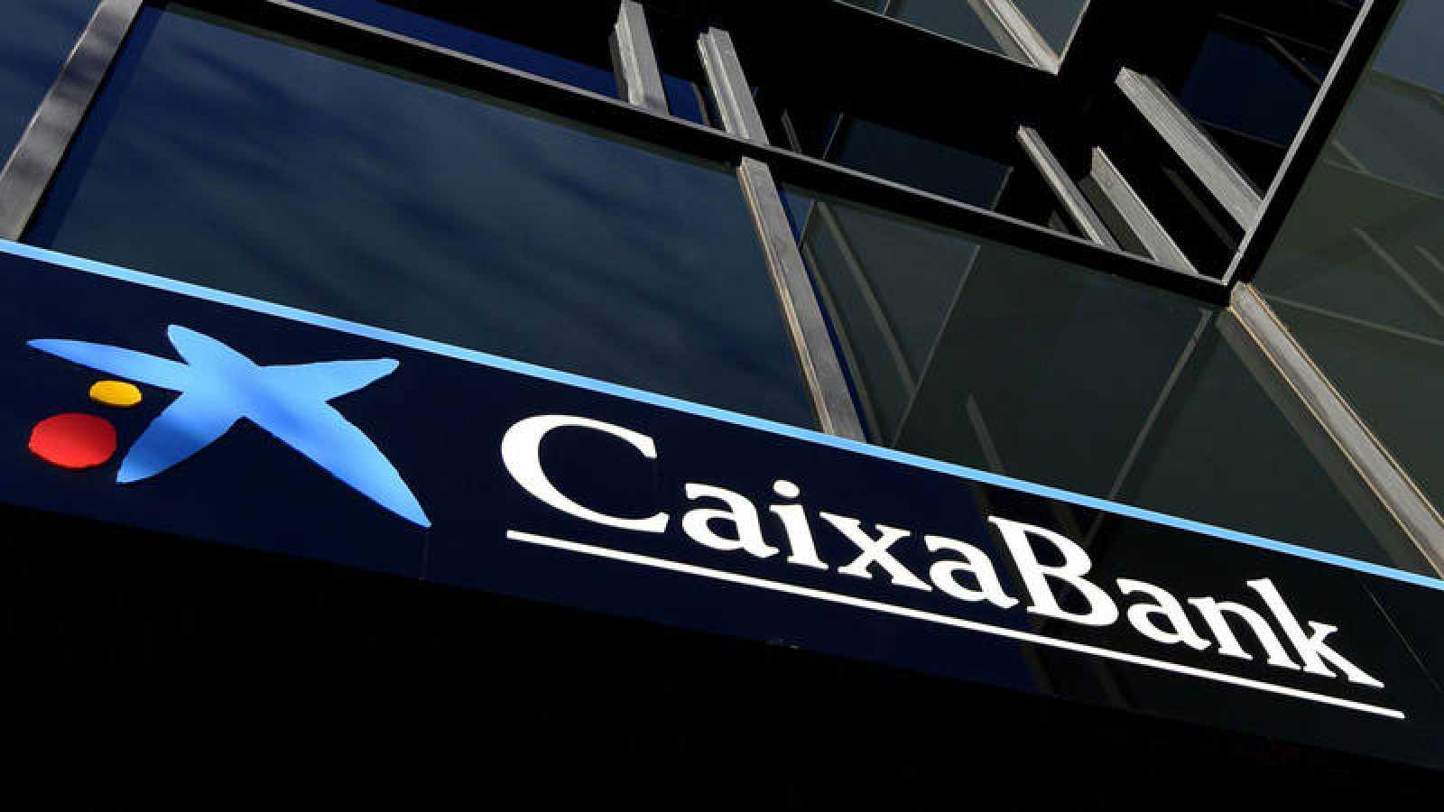 CaixaBank cerrará más de 800 oficinas de su red urbana | RTVE