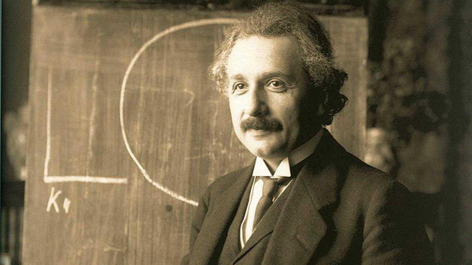 El físico alemán Albert Einstein, en 1921