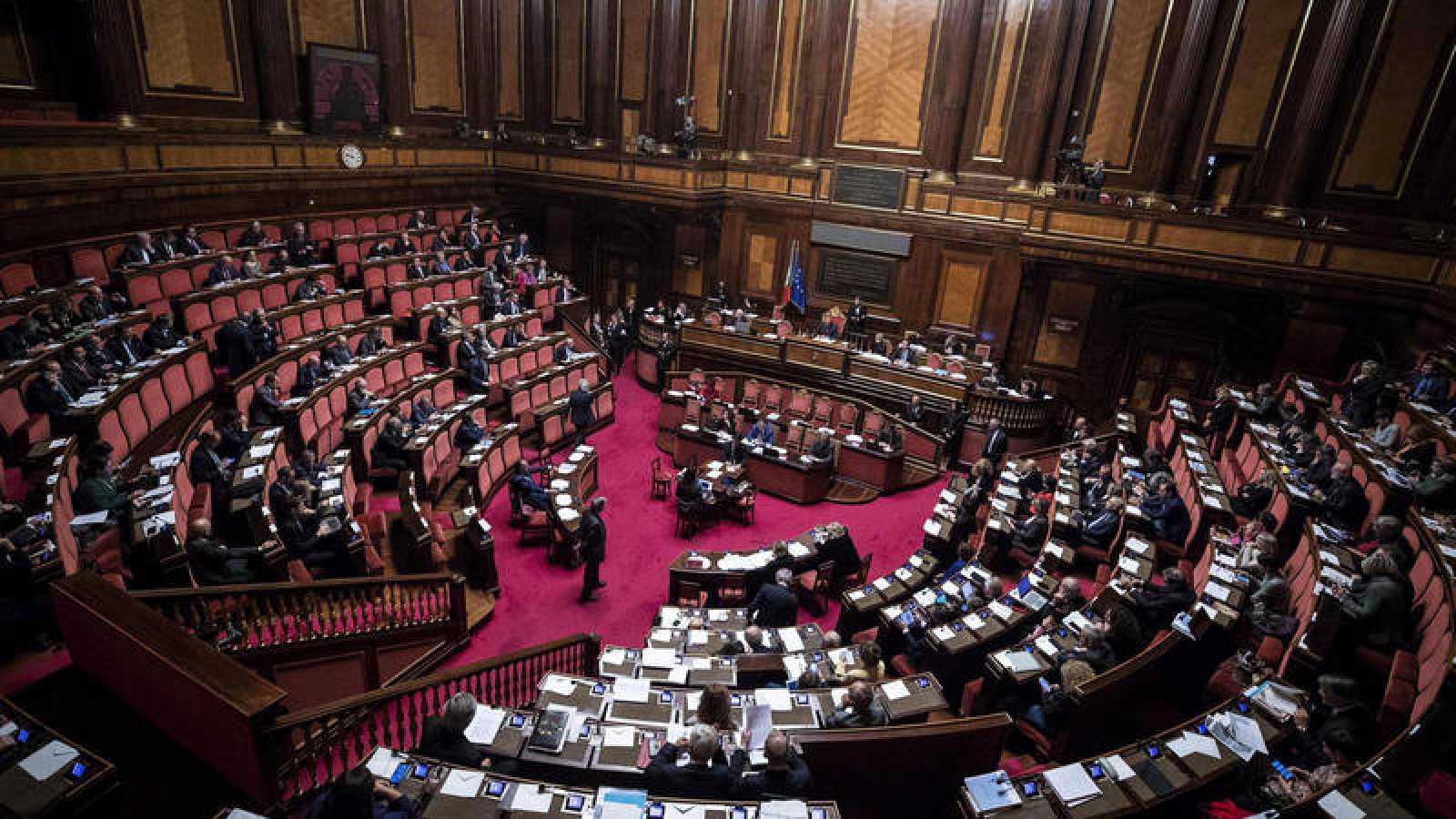 Vista general del Senado italiano durante la votación de la nueva ley electoral