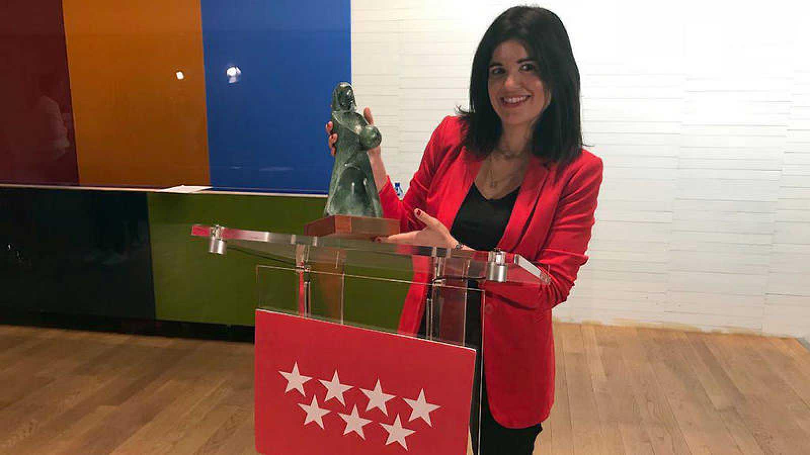 Cristina Hermoso de Mendoza recoge el Reconocimiento Infancia 2017 de la Comunidad de Madrid