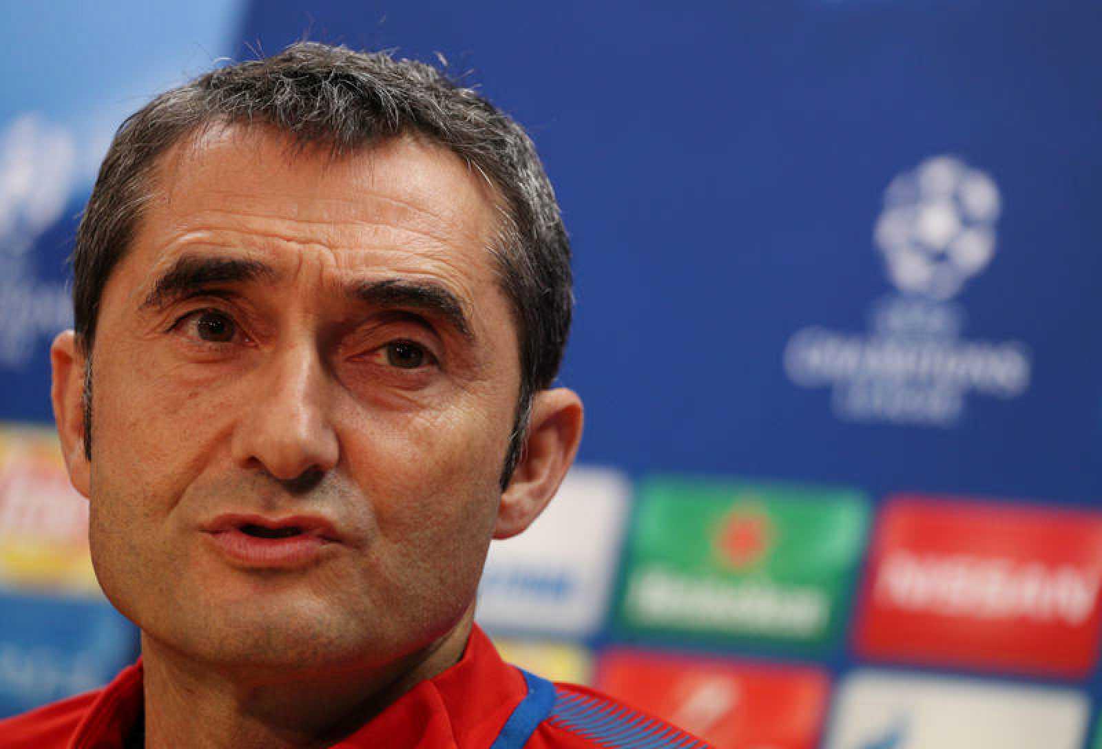 El entrenador del FC Barcelona, Ernesto Valverde, durante la rueda de prensa previa al partido.