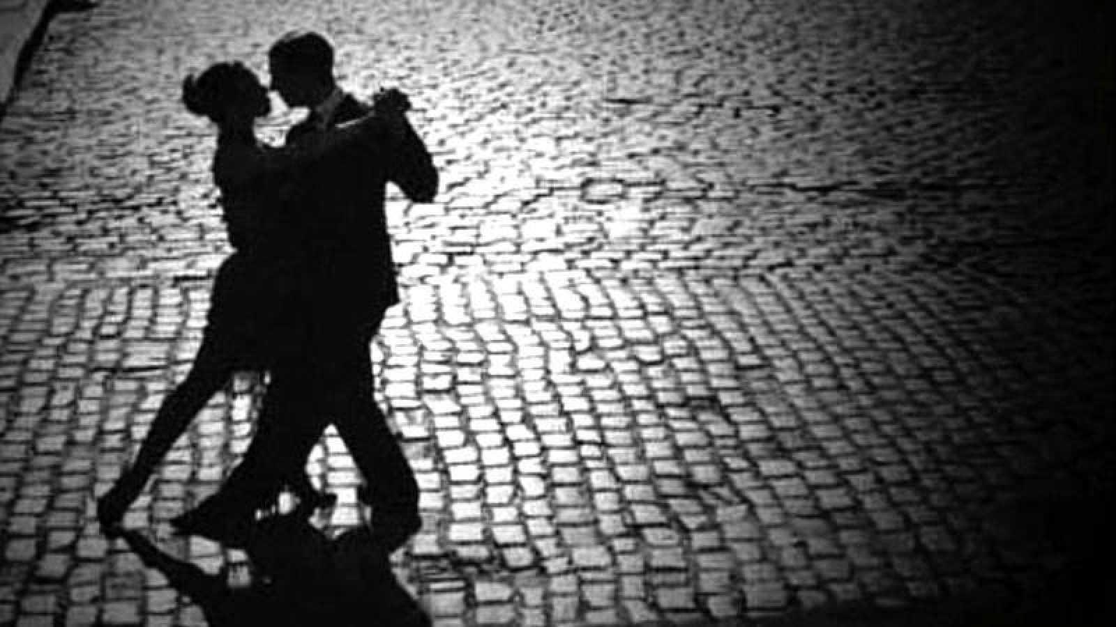 'Memoria de delfín' con el tango
