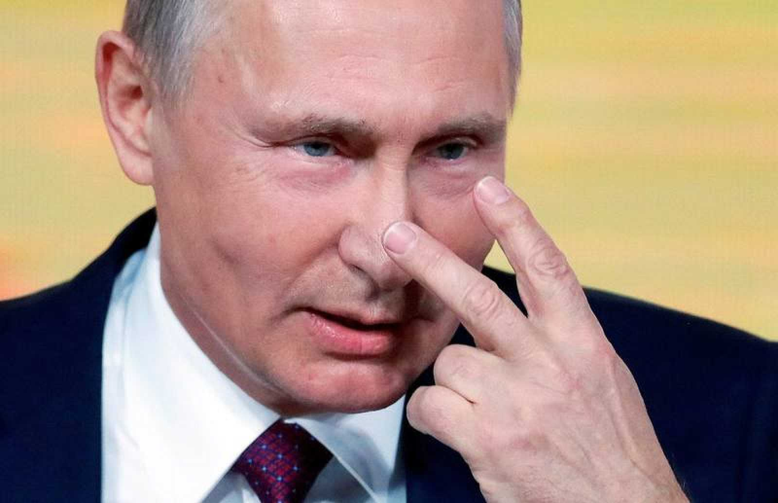 El presidente ruso, Vladímir Putin, participa en la rueda de prensa en el centro de congresos WTC en Moscú.