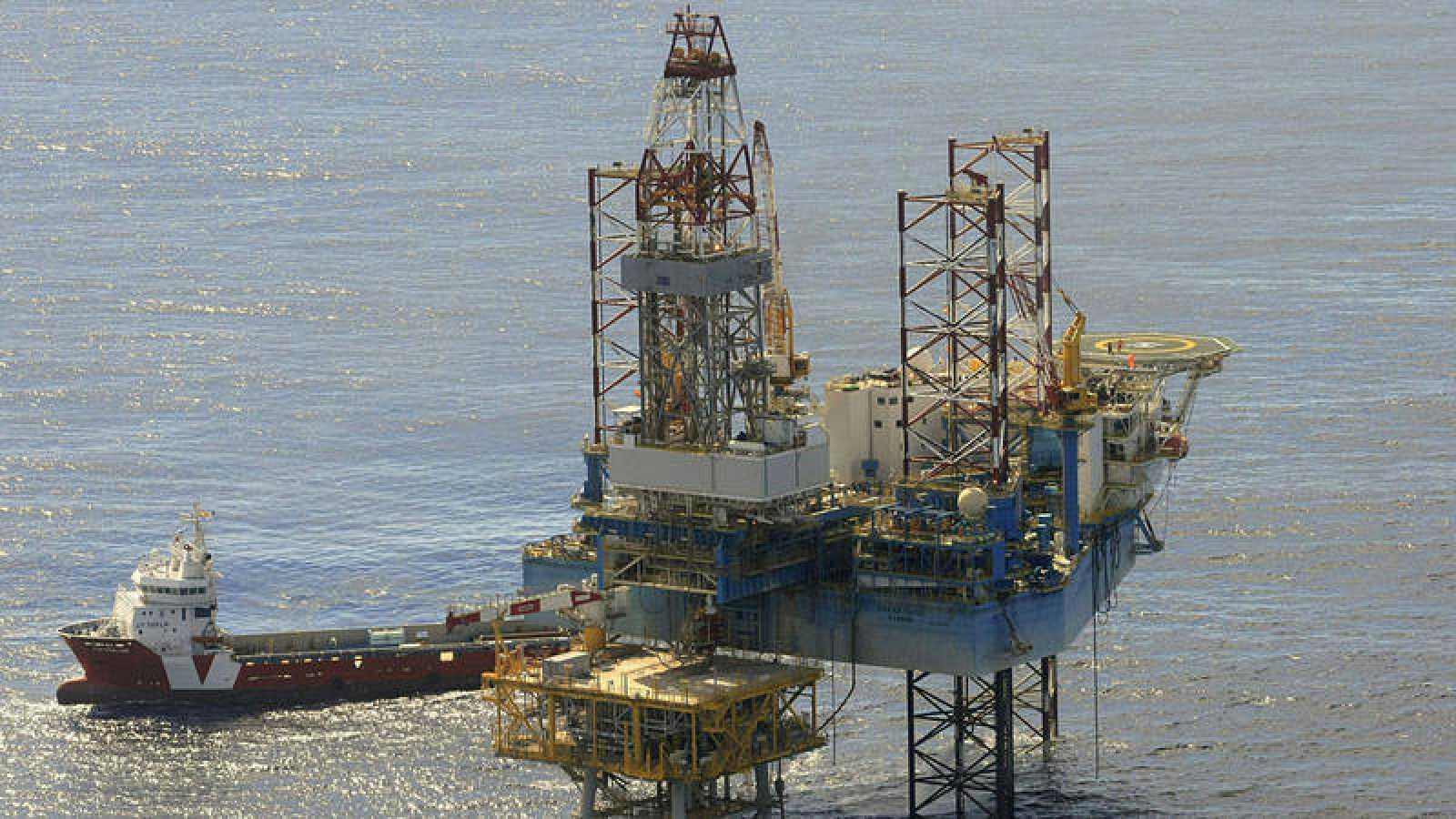 Fotografía de archivo de la plataforma del almacén subterráneo de gas natural Castor