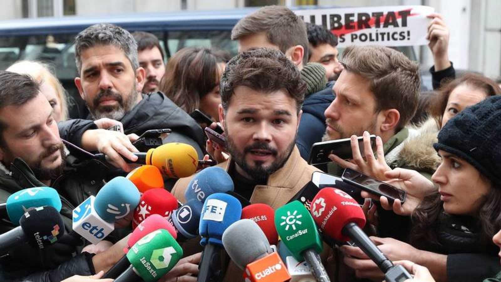 Gabriel Rufián, a las puertas del Supremo en apoyo a Junqueras.